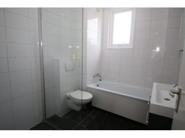 bathroom_2_66587900