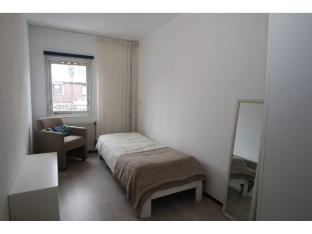 bedroom3_67477900