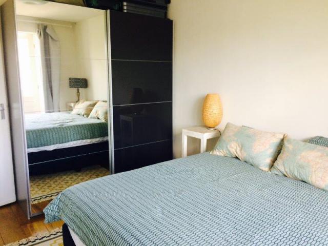 bedroom_83070800