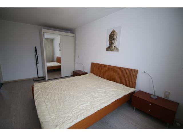 master_bedroom2_87302400
